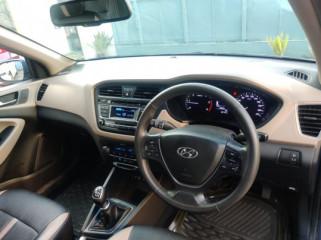 2015 Hyundaii20 2015-2017 1.4 CRDi Sportz