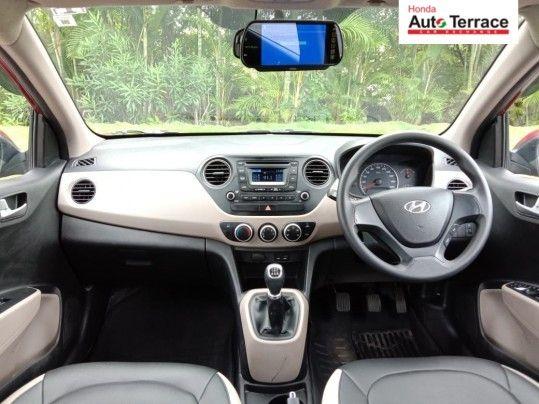 2015 Hyundaii10 Sportz 1.1L