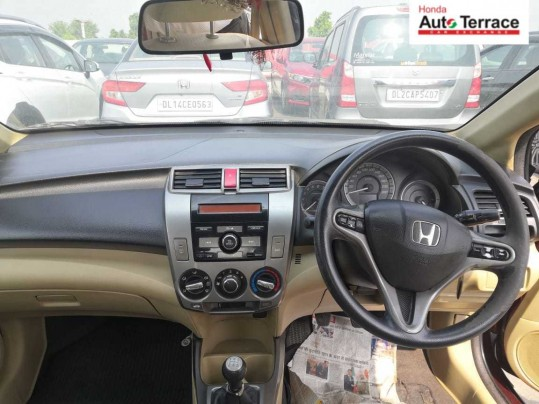 2012 Honda City V MT
