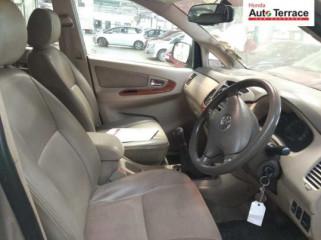 2008 ToyotaInnova 2.5 V Diesel 7-seater
