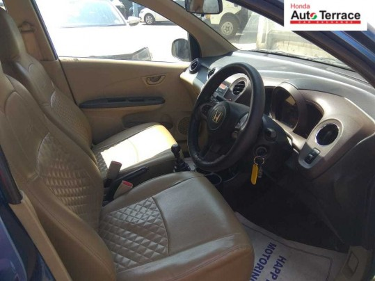 2013 HondaAmaze S i-Dtech