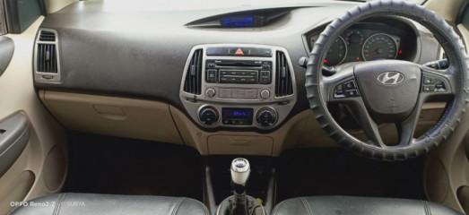 2014 Hyundaii20 2015-2017 Sportz 1.4 CRDi