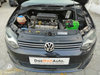 2015 VolkswagenVento Petrol Highline