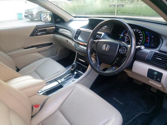2017 HondaAccord V6 AT