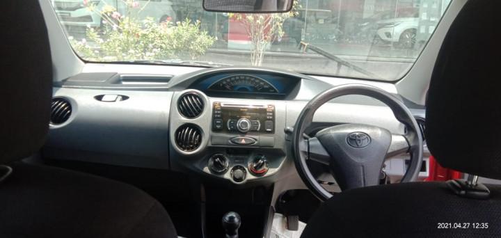 2013 ToyotaPlatinum Etios G