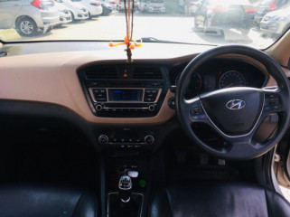 2015 Hyundaii20 2015-2017 Sportz 1.4 CRDi